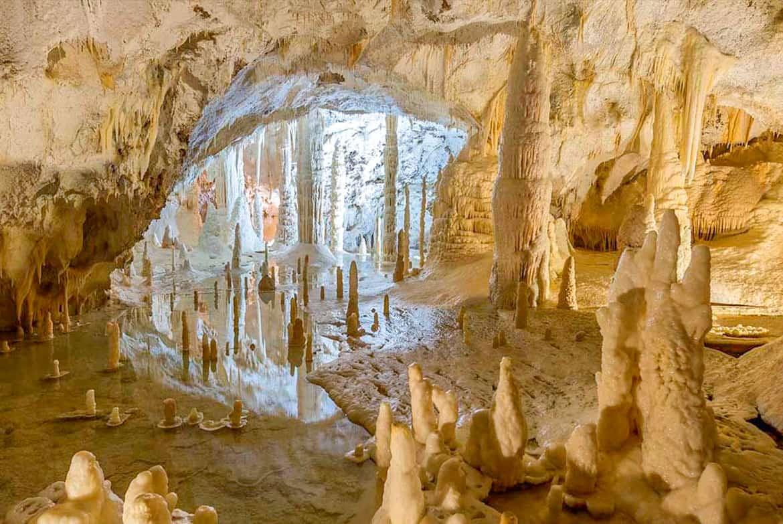 Grotte di frasassi - foto di conerobybike